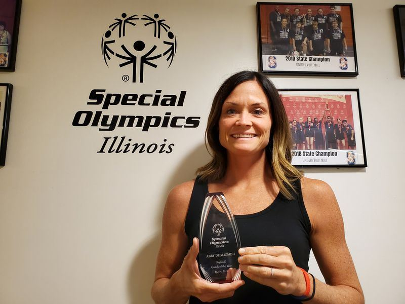 Abby Booth Degliomini with 2019 Illinois Special Olympics Coach award